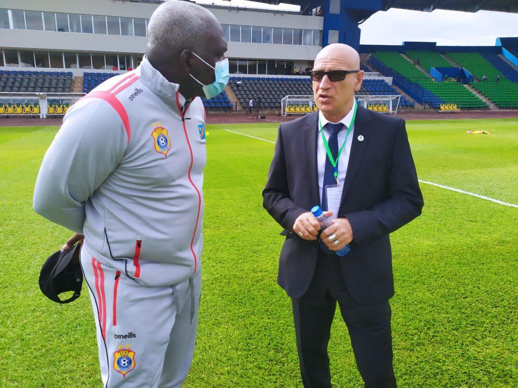 Christian N'Sengi-Biembe et Patrice Neveu avant le match Gabon vs RDC (3-0) 25.03.21